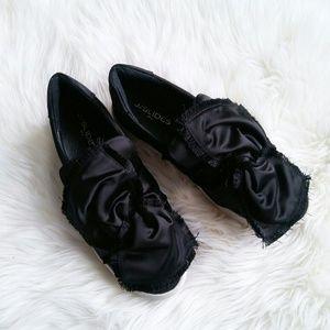 NWOB J/Slides satin bow slip-on sneaker